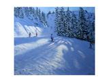 Morzine, Ski Run Impressão giclée por Andrew Macara