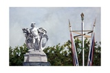 Looking..., Near Buckingham Palace, 2010 Giclee Print by Cruz Jurado Traverso