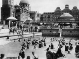 Swimming Pool of the 'st. Gellert Hotel' in Budapest, 1928 Metal Print by  Scherl