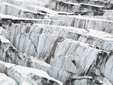 Detail of Ice Crevasses at Columbia Glacier, Alaska. Kunst auf Metall von Ethan Welty