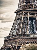 Detail of Eiffel Tower - Paris - France Kunst auf Metall von Philippe Hugonnard