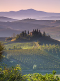 Farmhouse, Val D' Orcia, Tuscany, Italy Metal Print by Doug Pearson