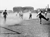 Football on Glasgow Green, 1955 Fotodruck