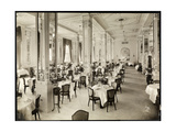 A Dining Room at the Robert Treat Hotel, Newark, New Jersey, 1916 Lámina giclée por  Byron Company