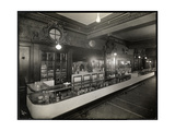A Bar at the Robert Treat Hotel, Newark, New Jersey, 1916 Giclee Print by  Byron Company