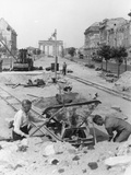 "Truemmermaenner (""Rubble Men"") at Unter Den Linden, Berlin, June 1946 Photographic Print by  German photographer"