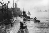 Submarines Leaving the Ship Depot at Harwich Fotografisk trykk av Thomas E. & Horace Grant