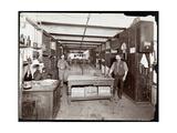 The Wine Cellar of the Hotel Manhattan, 1902 Impression giclée par  Byron Company