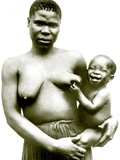 Zulu Woman with Her Baby, 1923 Photographie