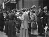Selling Potatoes, Paris, August 1918 Photographic Print by Jacques Moreau