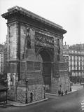 Porte St. Denis Protected by Sand Bags, Paris, 1918 Photographic Print by Jacques Moreau