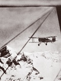Wings over Everest, 1933 Photographic Print by  English Photographer