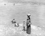 Washing at the River Near Tehuantepec, Mexico, 1929 Photographic Print by Tina Modotti