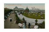Wellington Gardens, Great Yarmouth. Postcard Sent in 1913 Giclee Print by  English Photographer