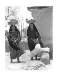 Women in Tehuantepec, Mexico, 1929 Photographic Print by Tina Modotti