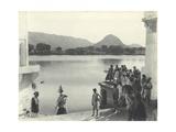 Sacred Lake of Pushkar, Near Ajmer, January 1912 Impressão fotográfica por  English Photographer