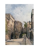 The Bloody Tower and Jewel House (Wakefield Tower), Looking East Giclee Print by John Fulleylove