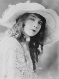 Lillian Gish, 1921 Photographic Print by  American Photographer