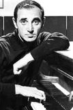 Charles Aznavour, portrait ca. 1964 Foto