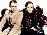 SHANGHAI EXPRESS, from left: Clive Brook, Marlene Dietrich, 1932 Photo