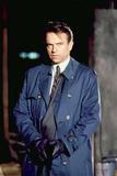 MEMOIRS OF AN INVISIBLE MAN, Sam Neill, 1992. ©Warner Bros./courtesy Everett Collection Photo