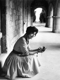 THE GUNS OF NAVARONE, Irene Papas, on location, 1961 Photo