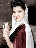 PRINCE VALIANT, Debra Paget, on-set, 1954. Plakater