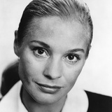 WILD STRAWBERRIES, (aka SMULTRONSTALLET), Ingrid Thulin, 1957 Photo