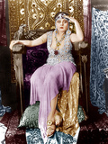 CLEOPATRA, Theda Bara, 1917. ©Fox Film Corporation. TM & Copyright/courtesy Everett Collection Posters