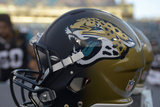 Jaguars Football: Jacksonville Jaguars Helmet Fotografisk trykk av Phelan Ebenhack