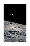 Cresent Earth, As Seen From the Moon Impression giclée