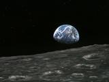 Earthrise Photograph, Artwork Fotografie-Druck von Richard Bizley