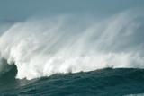 Wind Spray At Sea Fotografie-Druck von Peter Chadwick