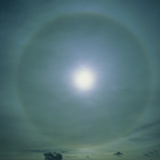 A 22 Degree Ice Halo Around the Sun Photographic Print by Dr. Jeremy Burgess