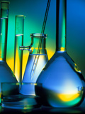 Selection of Glassware Used In Chemical Research Láminas por Tek Image