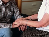 Elderly Couple Holding Hands Affischer av Science Photo Library