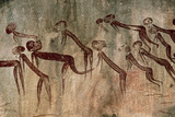 Cave Painting: Kolo Figures with Head-dresses Fotografisk tryk af Sinclair Stammers