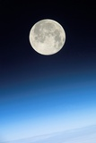 NASA - Full Moon Above Earth, From the ISS - Fotografik Baskı