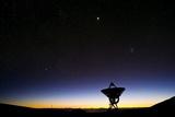 VLBA Radio Telescope, Hawaii Photographic Print by David Nunuk