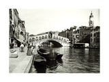 View of the Ponte Di Rialto Giclee Print