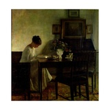 Girl Reading in an Interior Gicleetryck av Carl Holsoe