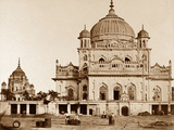 Small Mosque in the Kaiserbagh, Lucknow Photographic Print by Felice Beato