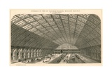Interior of the St Pancras Railway Station - Midland Railway Giclee Print