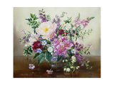 Flowers in a Glass Vase Lámina giclée por Albert Williams