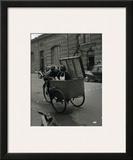 Baiser Blotto, c.1950 Print by Robert Doisneau