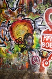 Lennon Wall, Prague Affiche par Mark Williamson