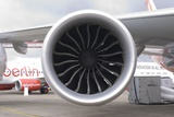 Boeing 747-8 Engine Photo by Mark Williamson