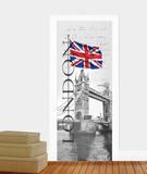 Very British Door Wallpaper Mural Mural de papel pintado