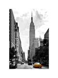 Urban Scene, Yellow Cab, Empire State Buildings and Macy's Views, Midtown Manhattan, NYC Reproduction photographique par Philippe Hugonnard