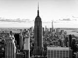 En ville au crépuscule, Empire State Building et One World Trade Center (1WTC), Manhattan, New York Reproduction photographique par Philippe Hugonnard